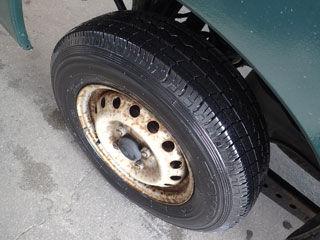 洗車後タイヤ