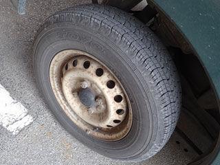 洗車前タイヤ