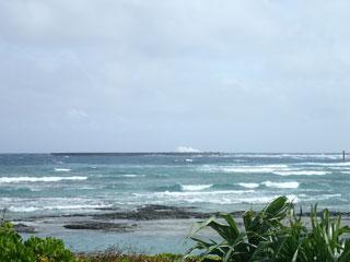 島の北側の海